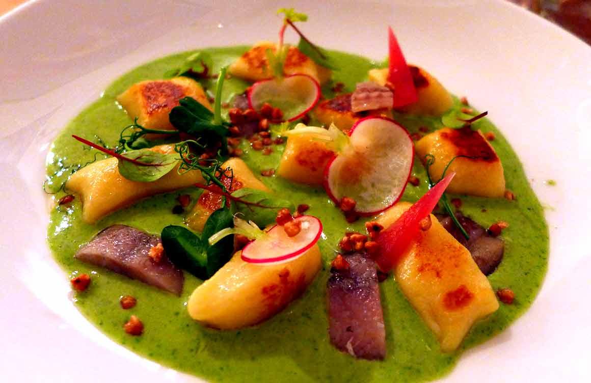 Restaurant METROPOLITAIN : Gnocchis de pommes de terre avec cresson et anguilles