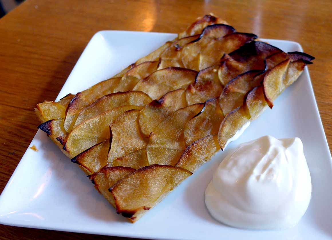Restaurant Pimprenelle : Tarte fine aux pommes