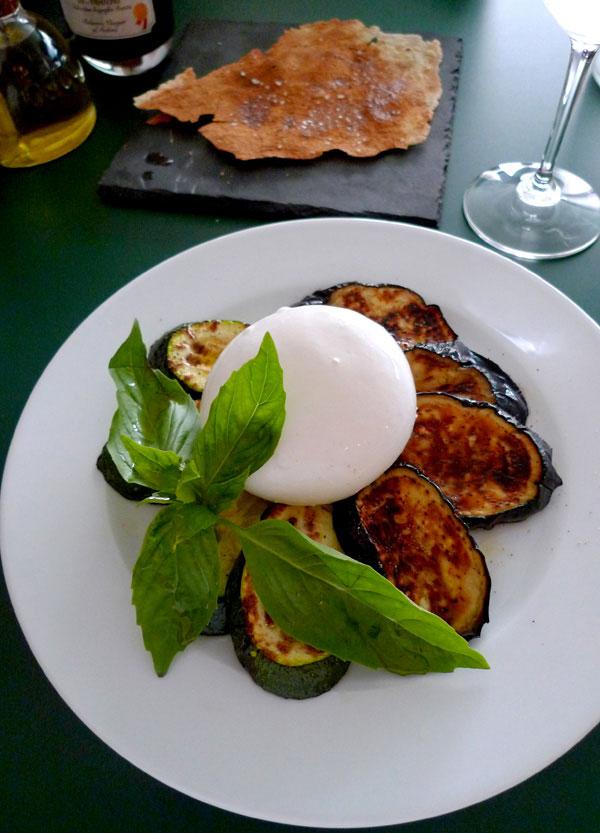 Restaurant Professore, légumes grillés et burrata