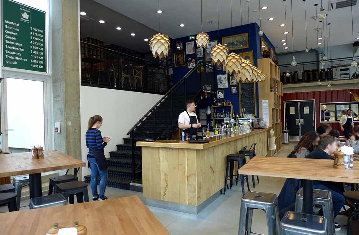 La salle du restaurant Quebecium