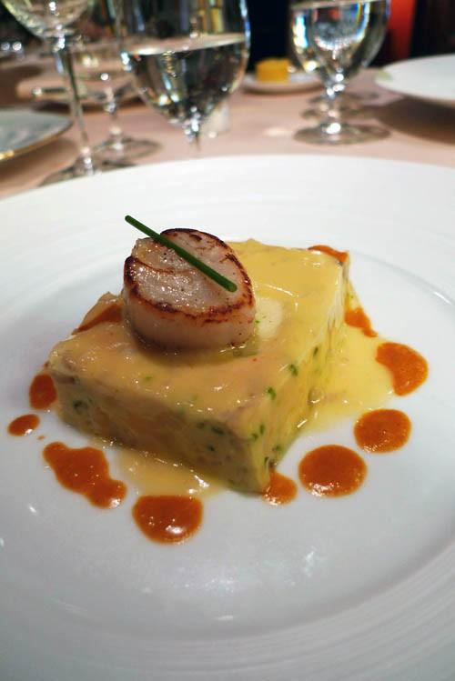 Restaurant Relais Louis XIII, terrine coquille saint-Jacques à la ciboulette