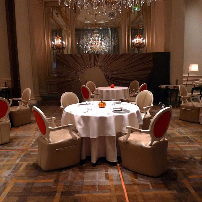 La salle du restaurant par Patrick Jouin