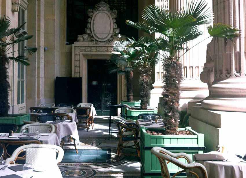 Restaurant Minipalais, La colonnade
