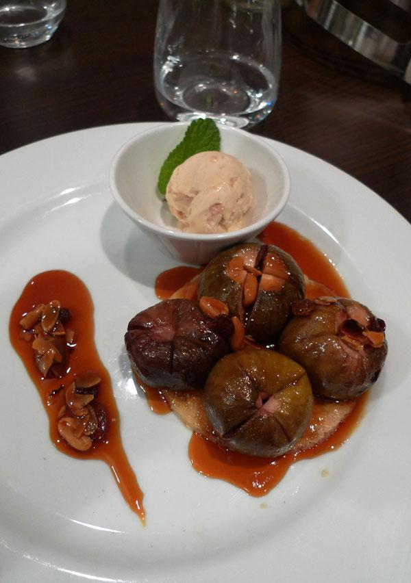Restaurant Sens Uniques, Le sablé breton poêlé aux figues et sa glace
