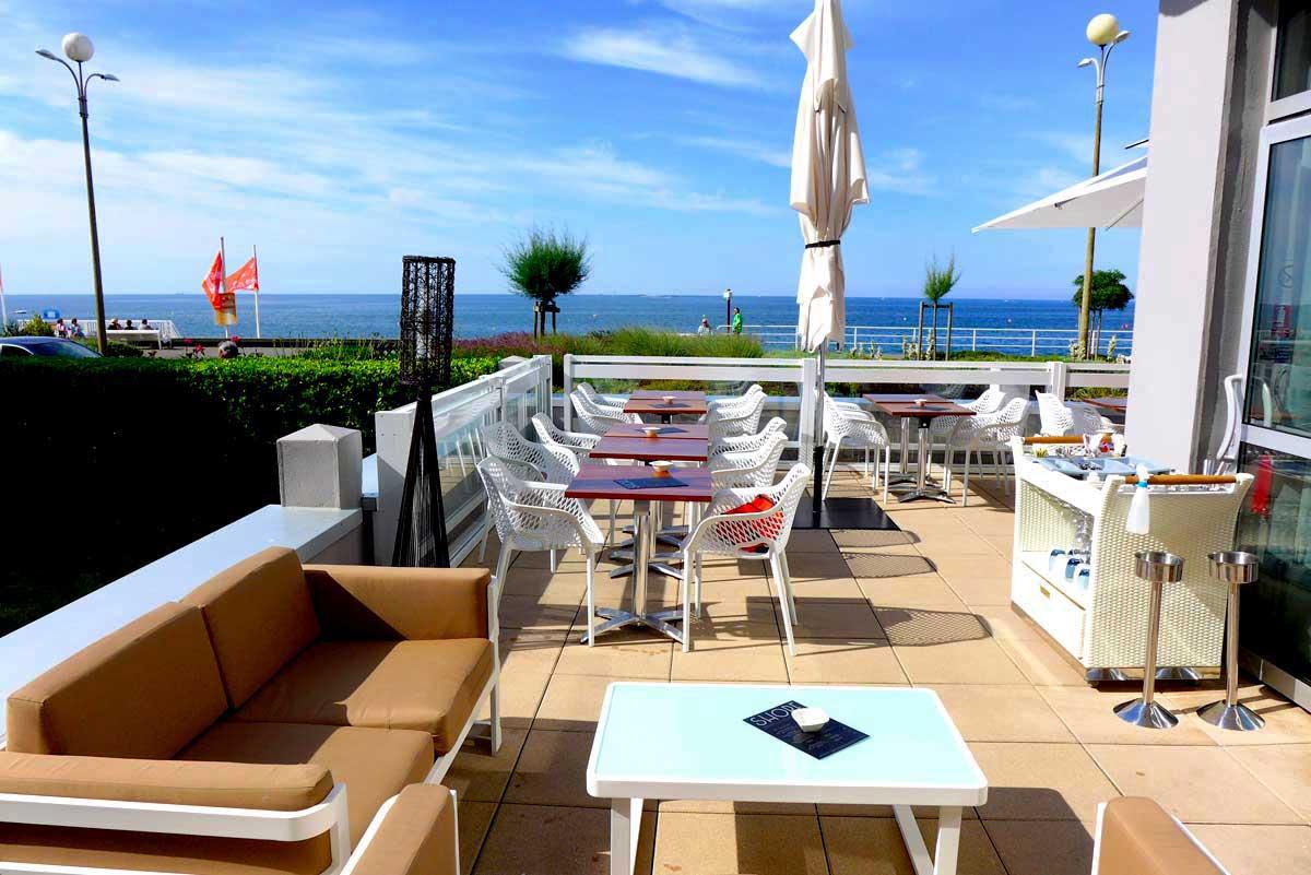 Restaurant Shore : Terrasse exposée au soleil