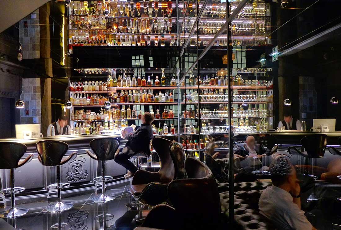 La Bar et le Fumoir