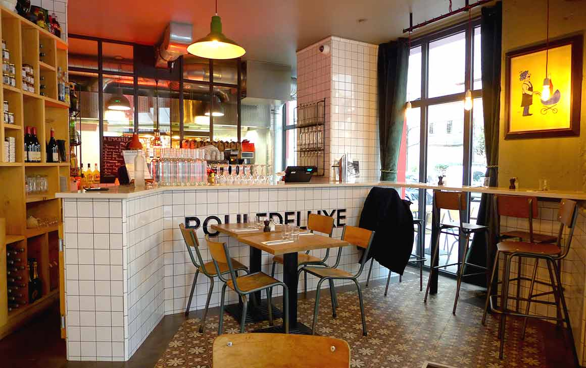 Restaurant Pouledeluxe : La salle