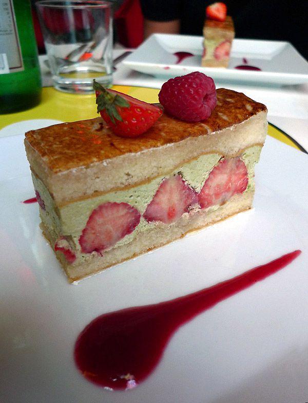 Restaurant Tokyo Eat : Fraisier aux fraises à la pistache