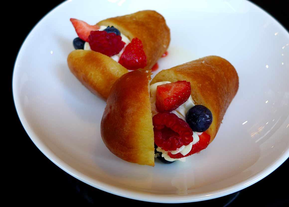 Restaurant Tosca : Le baba crémeux