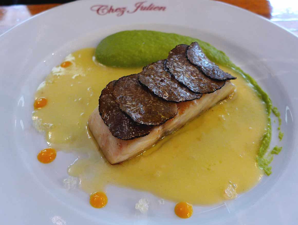 Restaurant Chez Julien, bar de ligne truffé