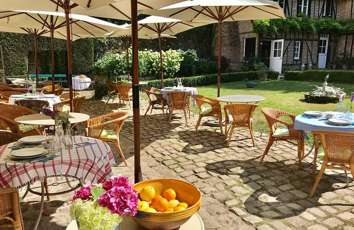 Restaurant Le Jardin des Ifs la terrasse