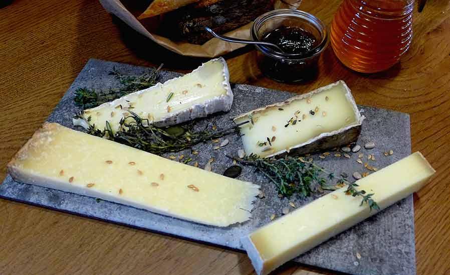 Fromagerie Monbleu, L'assiette de 4 fromages