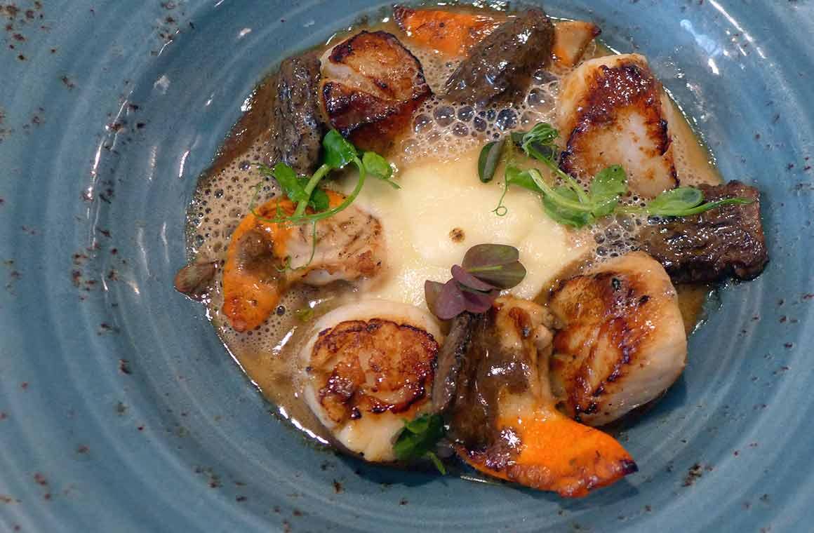 Restaurant L'Escient, aint-Jacques avec morilles et crème de céleri