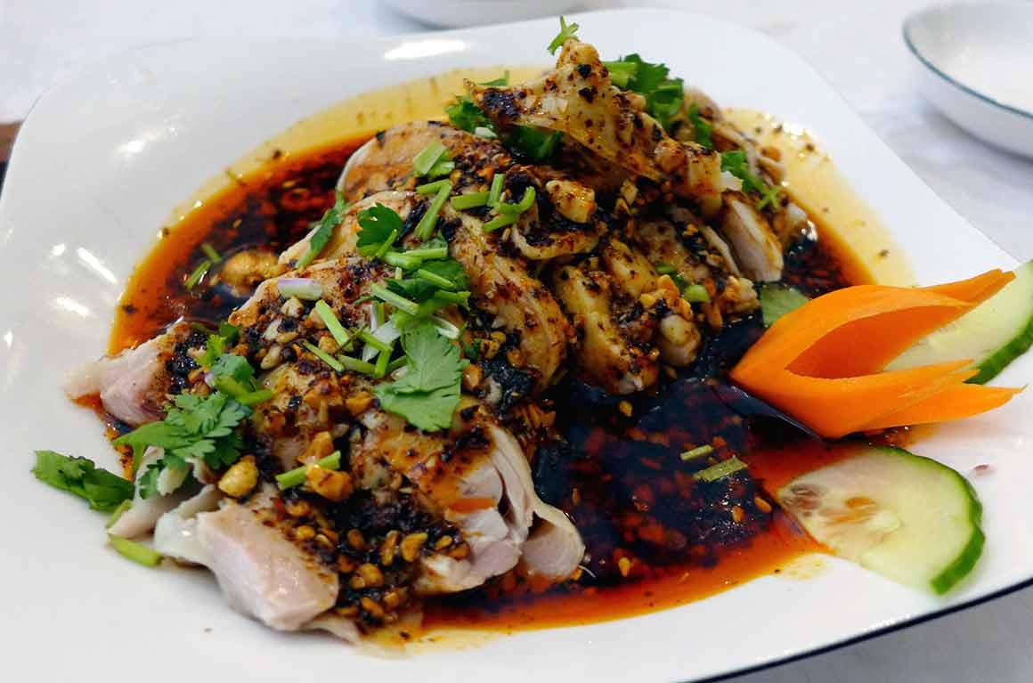 Restaurant Délices Condorcet, poulet sauce pimentée