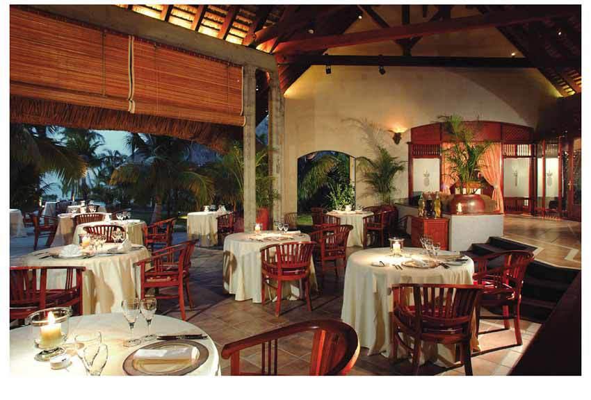 Dinarobin hôtel salle à manger